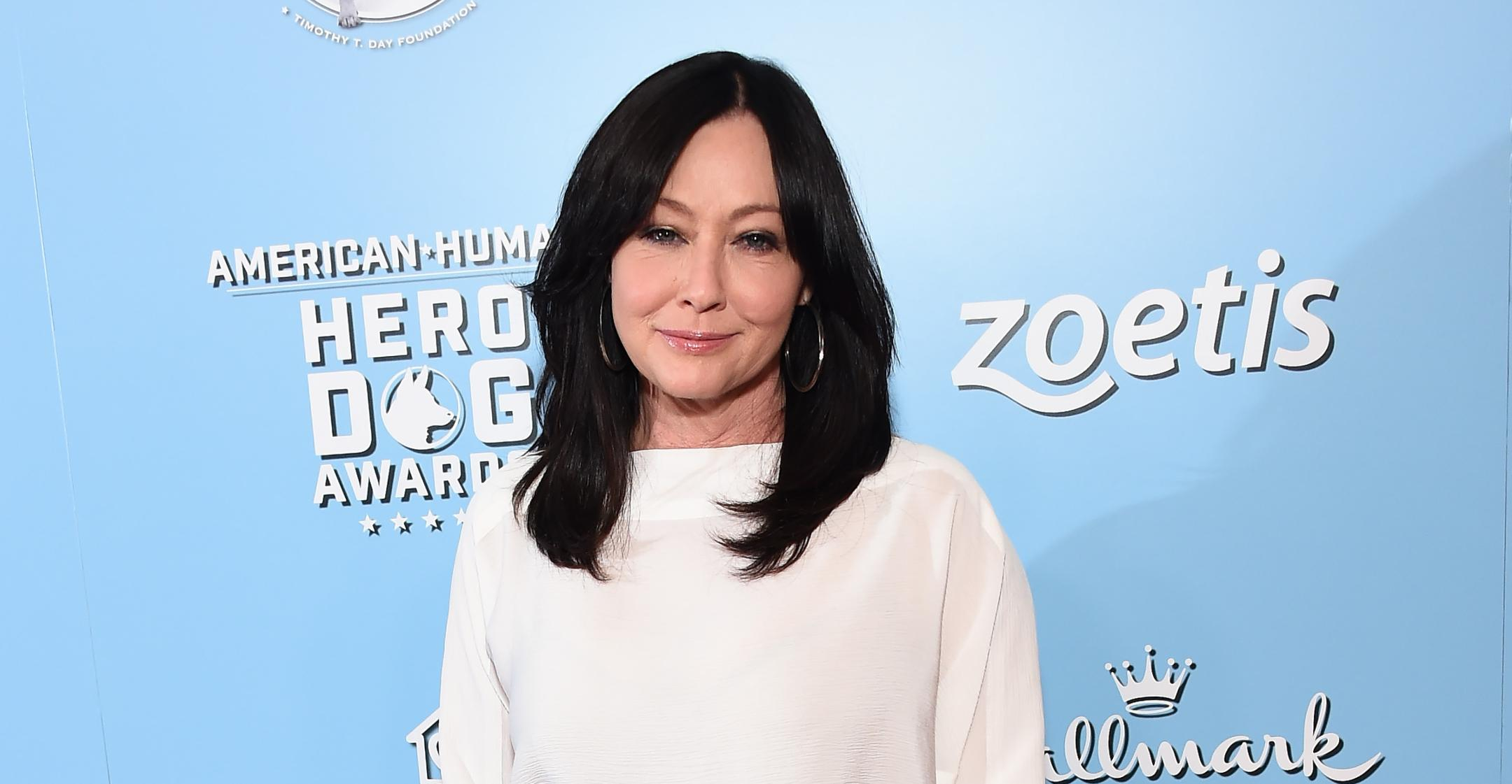 shannen doherty encourages women to ditch botox embrace their natural face