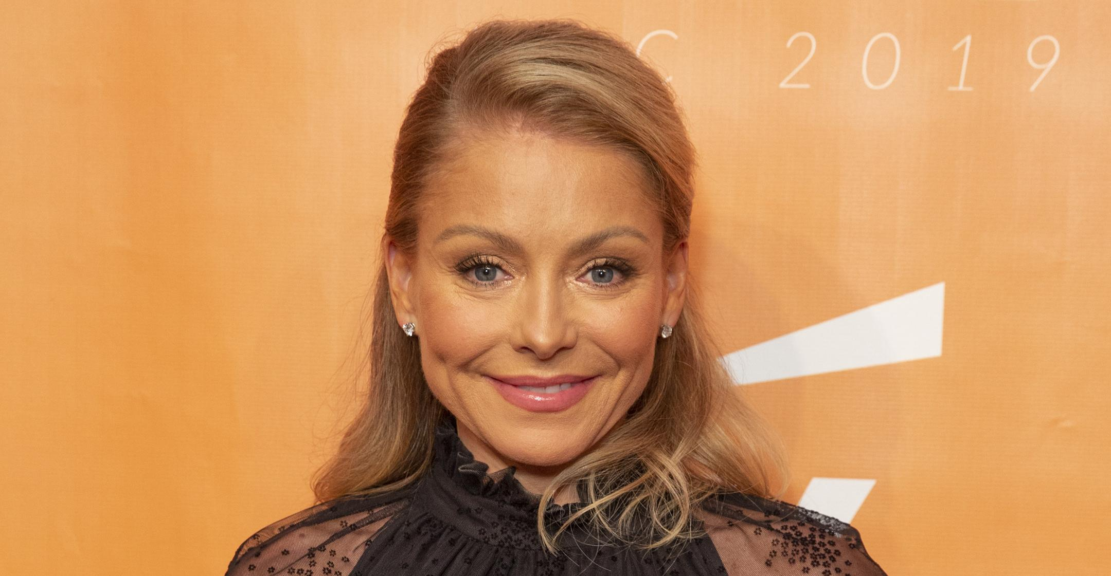 kelly ripa knows she can be polarizing but she always stays true to authentic self