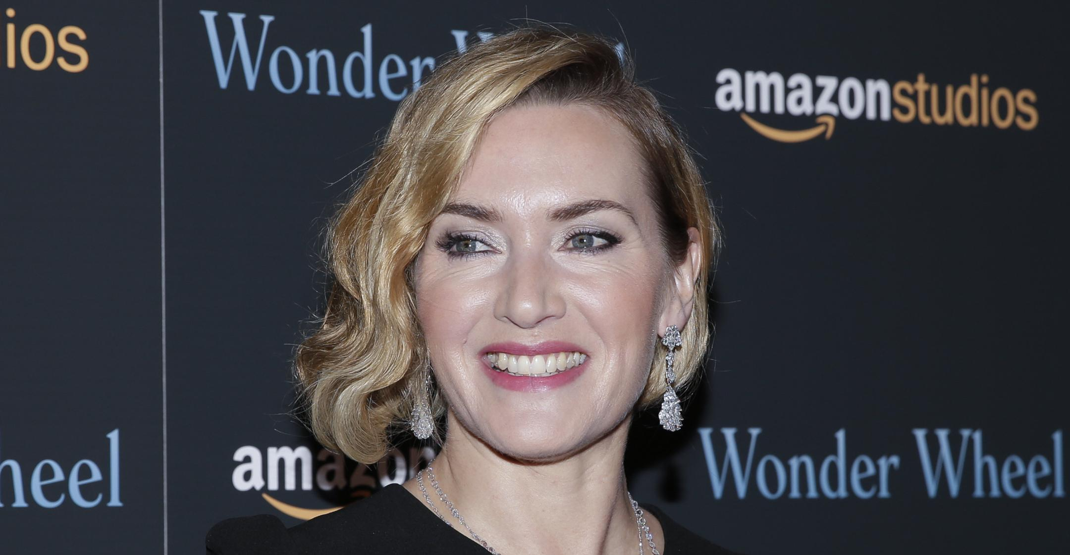 kate winslet refuses to let face body be edited encourages women to accept themselves