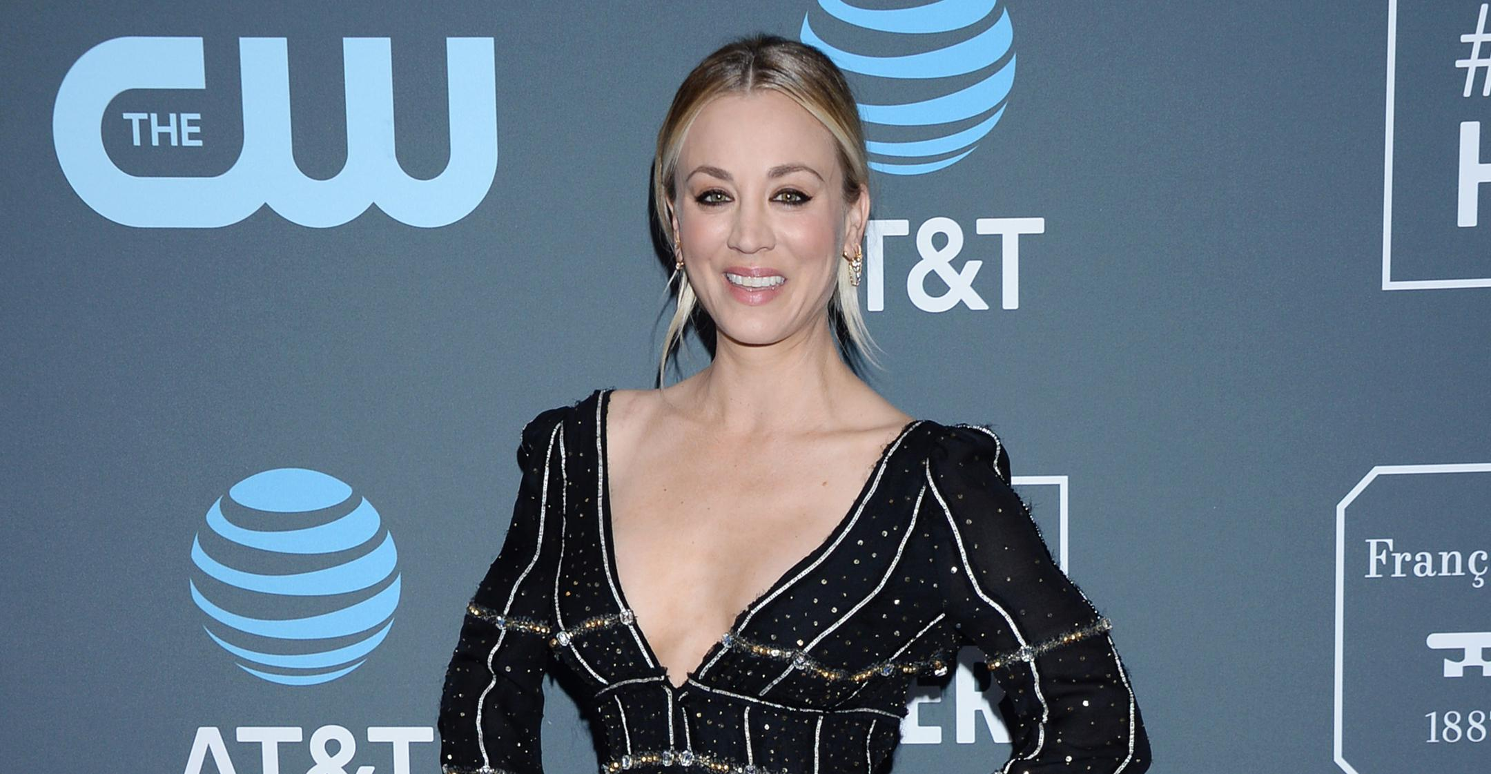 the flight attendant star kaley cuoco always confident in her acting capabilities